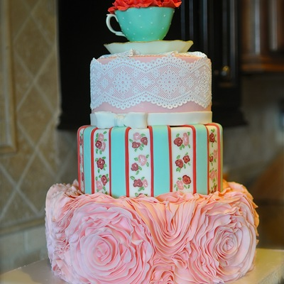 Sweet 16 For A Lovely Young Lady Who Collects Tea Cups And Loves Shabby Chic Style Everything Is Edible Save The Core Of The Middle Tier W...