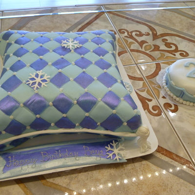 Snowflake Pillow Cake