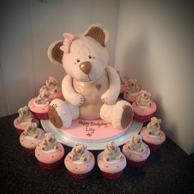 Teddy Bear And Cupcakes