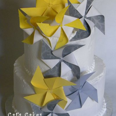 Yellow & Grey Pinwheel Wedding Cake