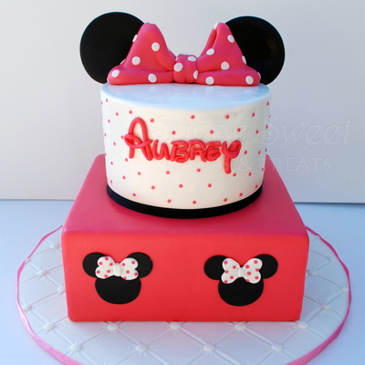 minnie mouse birthday cake 6 inch round and 8 inch square cakes ...