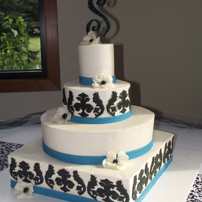 Square Buttercream Cake With Black Damask