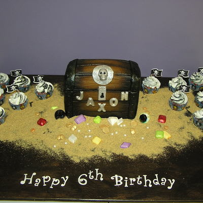 All Buttercream Treasure Chest