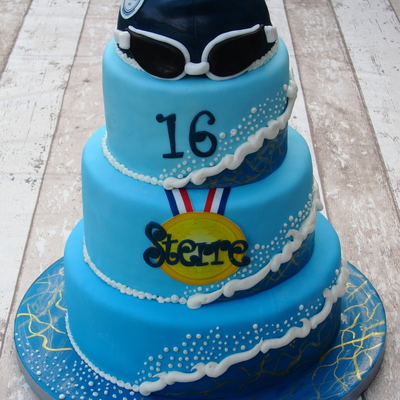 Swimmer´s Sweet Sixteen Cake