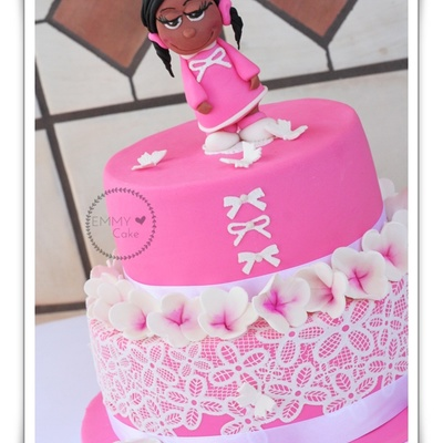 Birthday Cake For Girl With Cake Lace