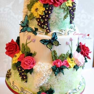 Spring Theme Contest. Lots Of Royal Icing Flowers
