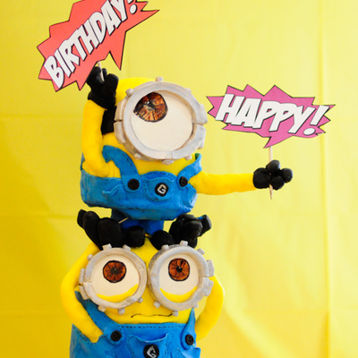 Despicable Me Minion Birthday Cake