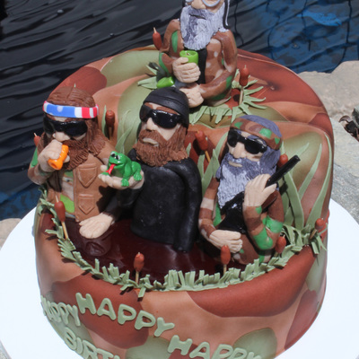 What A Challenge This Cake Was Besides I Knew Absolutely Nothing About Duck Dynasty They Asked For The 4 Main Characters On The Cake I Do