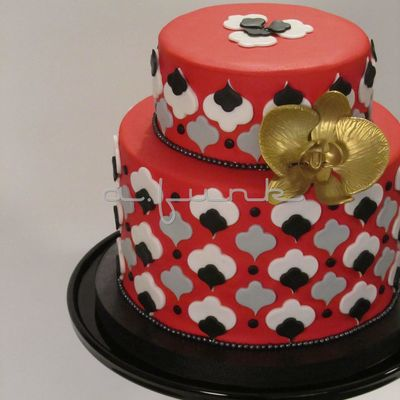 Golden Orchid Cake