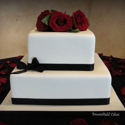Simple Fondant Wedding Cake.
