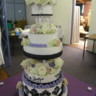I Made This Cake For My Youngest Cousins Wedding A Few Years Back It Was A Monster And I Had To Drive It 8Hr To Its Destination I Decorat