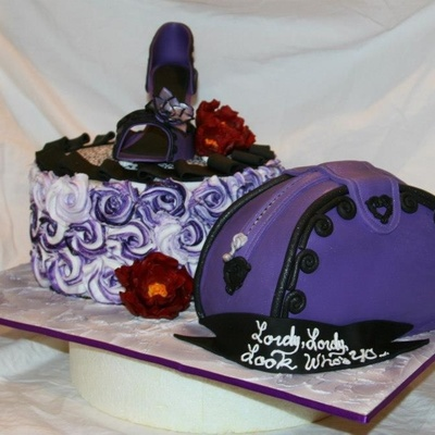 All Edible Shoe And Flower Made Of Fondant
