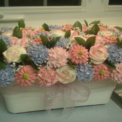 I Havent Posted In A Long While But Thought I Would Post This 6Dz Mini Cupcake Bouquet For A Baby Shower