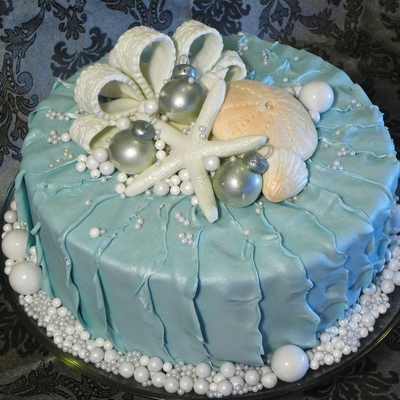 Seaside Christmas Cake