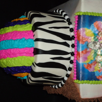 Madagascar 3 Wig Out Cake
