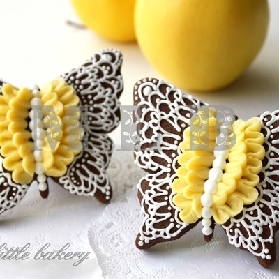 Lace Butterfly Cookies