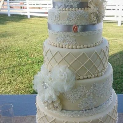 Vintage Lace Wedding Cake Fondant And Sugar Lace
