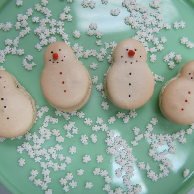 Snowman French Macarons