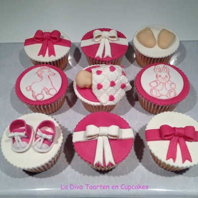Cupcakes For The Birth Of Little Lina