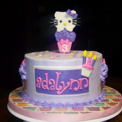 Hello Kitty Cake For A 3 Year Old Little Girl 12 Chocolate 12 Vanilla With French Vanilla Smbc