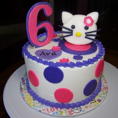 6 Inch Hello Kitty Cake