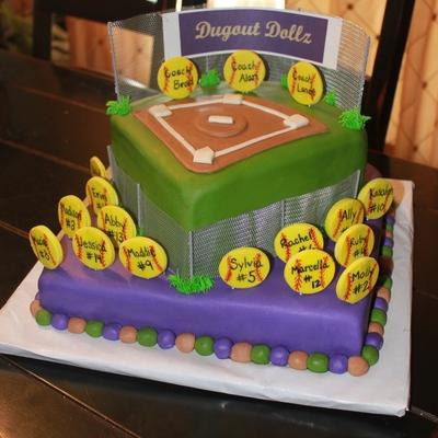 Softball Cake Decorating Photos