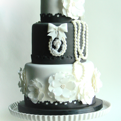 Vintage Black And White Wedding Cake