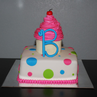 Polka Dot Cake With Cupcake Topper