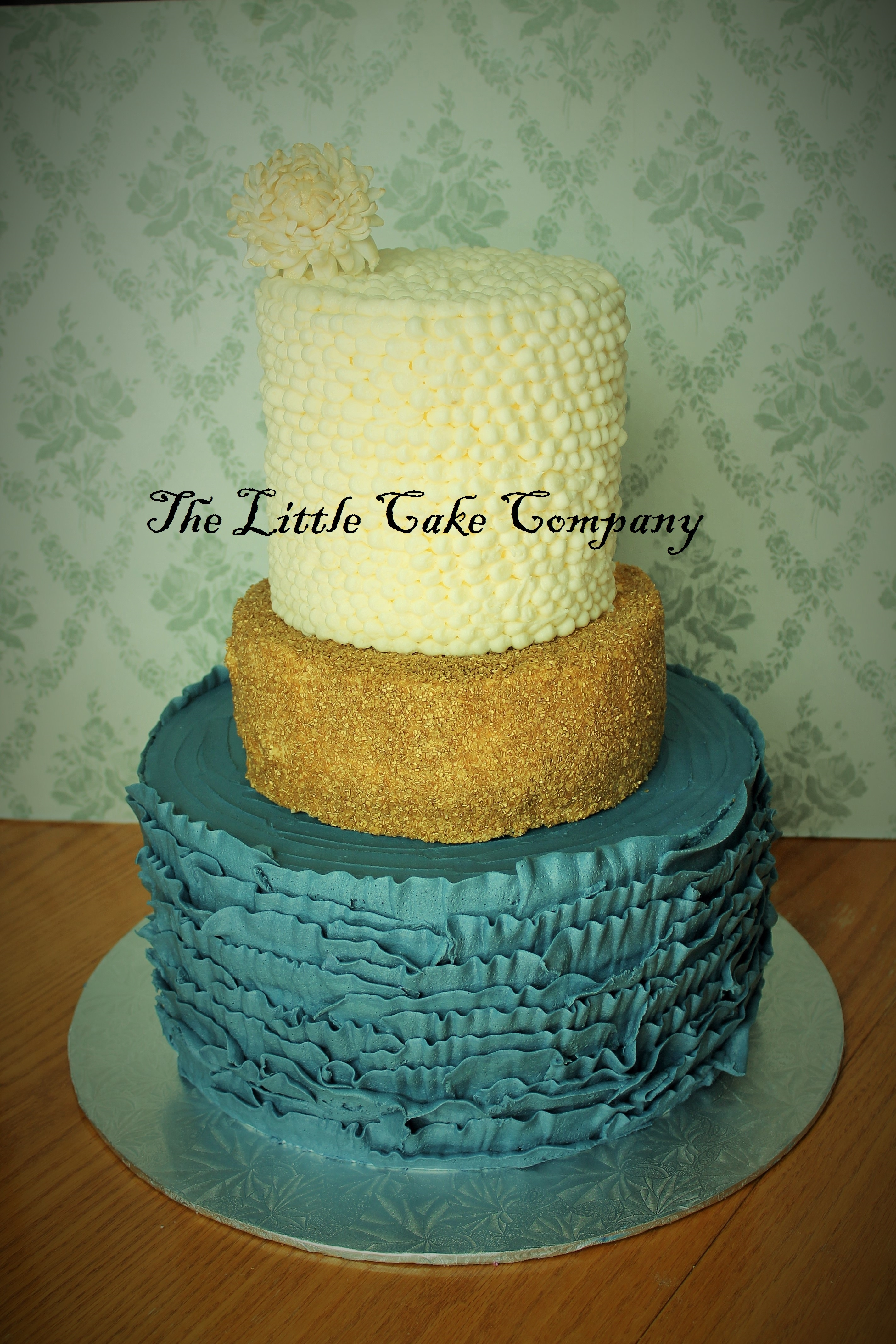 Buttercream ruffles Cake Decorating Photos