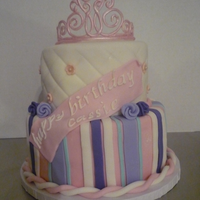 A Princess Birthday Cake I Got A Lot Of Ideas From Pictures On Cc Thank You