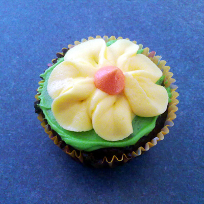 Yellow Spring Flower Cupcakes