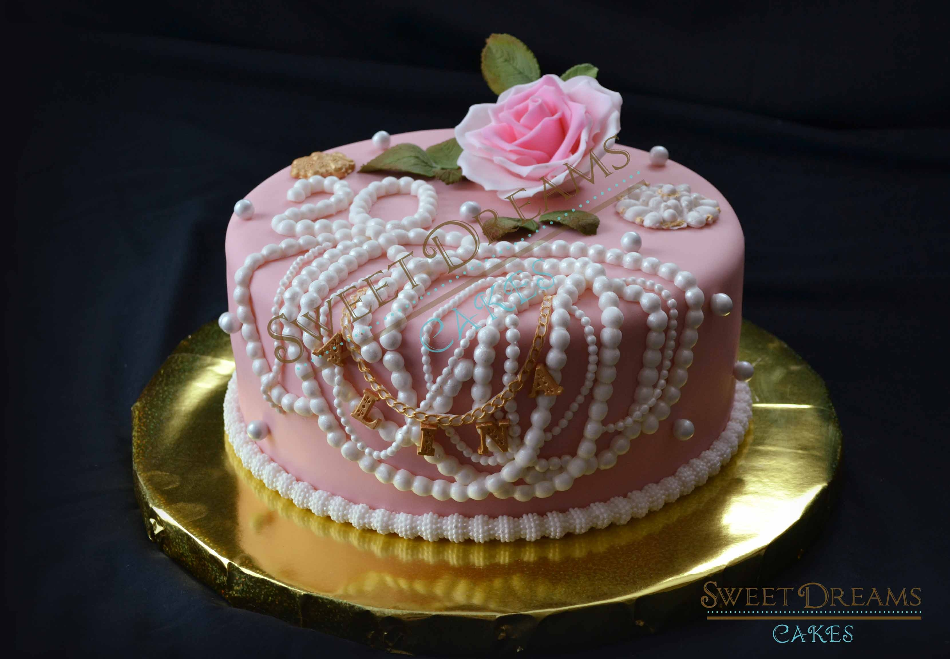 Pearl And Rose Bd Cake.