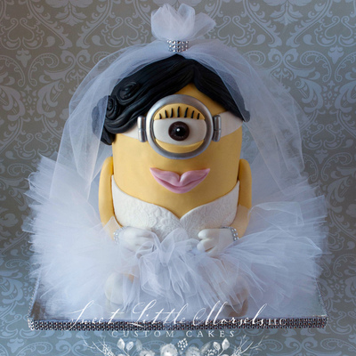 Minion Bridal Shower Cake
