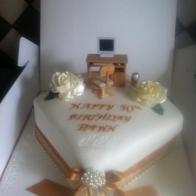 Rose Gold Cake Decorating Photos