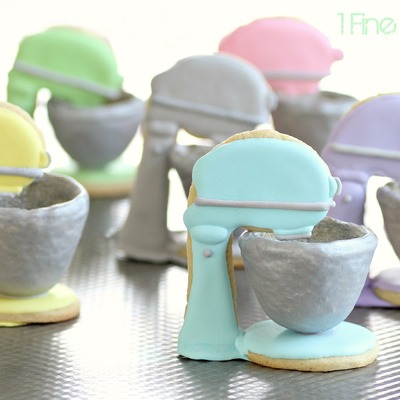 3D Stand Mixer Pastel Cookies on Cake Central