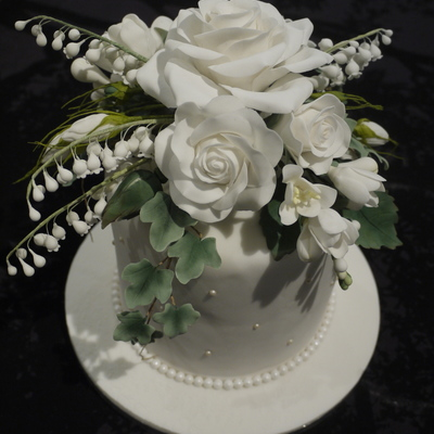 Sugar Flowers On Wedding Cake on Cake Central