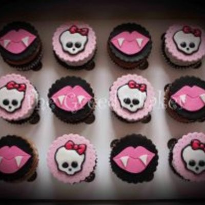Monster High Cuppies Fondant Discs With Gumpaste And Royal Icing Detailing