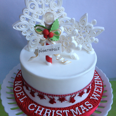 Quilled Snowflakes on Cake Central