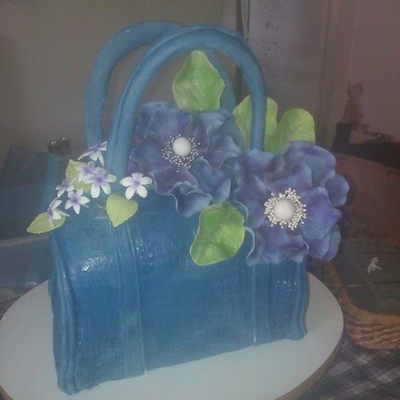 My First Purse Cake For A Fashionistas 30Th Birthday