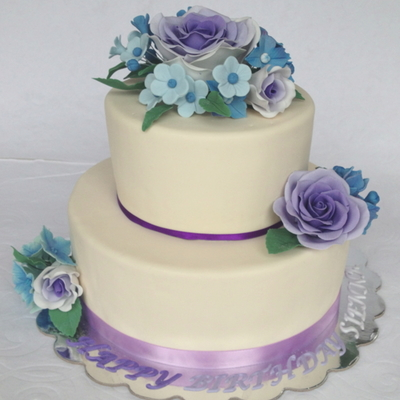 Purple Ombre Rose Cake Todays Cake Is A Birthday Cake For A 9 Year Old Girl She Got To Help Design It She Wanted Roses Because Her Midd