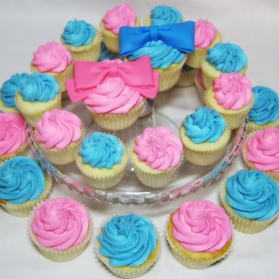 Gender Reveal Party Cupcakes- Bows And Bow Ties on Cake Central