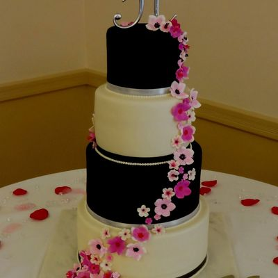 Black And White Wedding Cake With Gumpaste Sugar Flowers on Cake Central