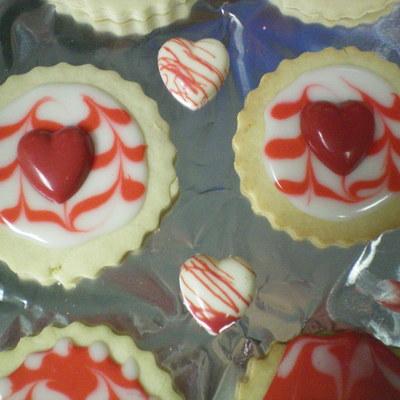 Valentines Day Sugar Cookies With Glace And Chocolate Hearts