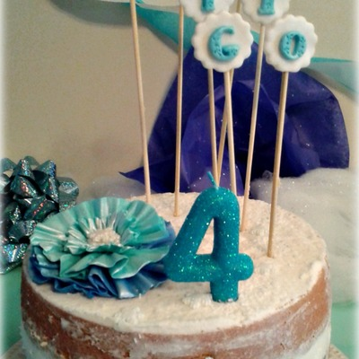 Frozen Elsa Themed Naked Cake