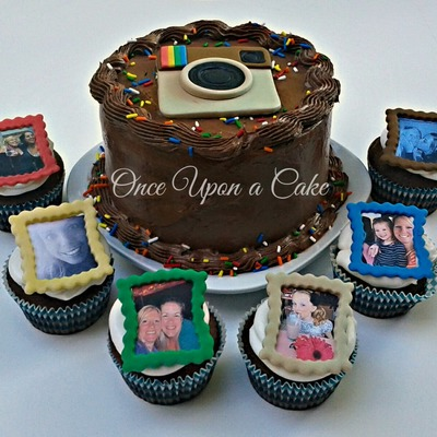 I Just Finished A Tutorial On These Fondant Toppers Very Fun on Cake Central