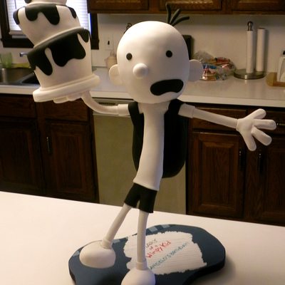3D Gravity Defying Diary Of A Wimpy Kid Cake