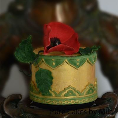 Gold & Poppy - Indian Vintage Cake