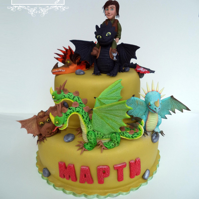 Cake : How To Train Your Dragon 2; Dragons: Riders Of Berk ; Dragons: Defenders Of Berk