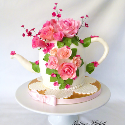 """the Tea Pot Cake"""