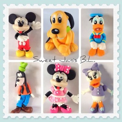 Mickey Mouse Club All Characters Are Made With Modelling Paste Ready To Decorate A Cake For A Special Little One Hope You Like Them